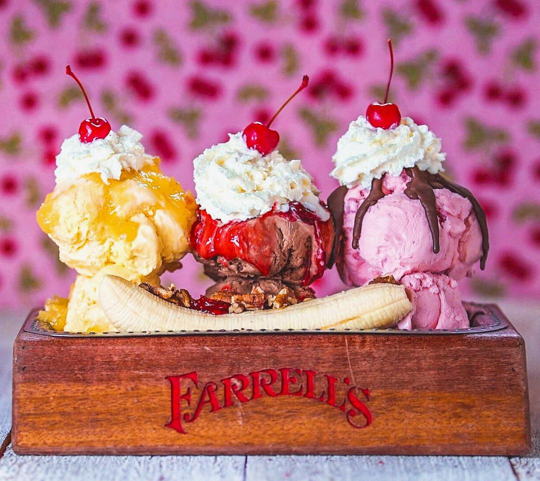 There's Now Only One Farrell's Ice Cream Parlor Left In SoCal!