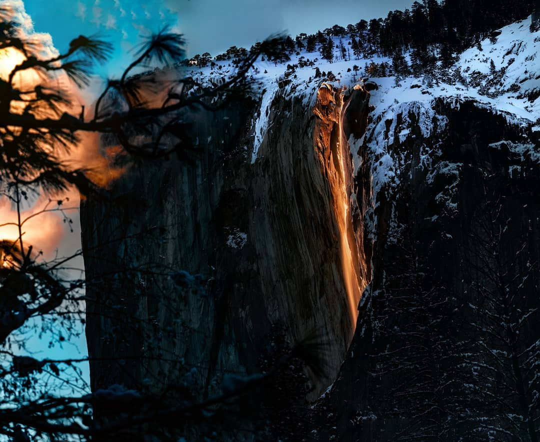 Catch Yosemite's Famous Glowing 'Firefall' Miraculously Ignite This Weekend!