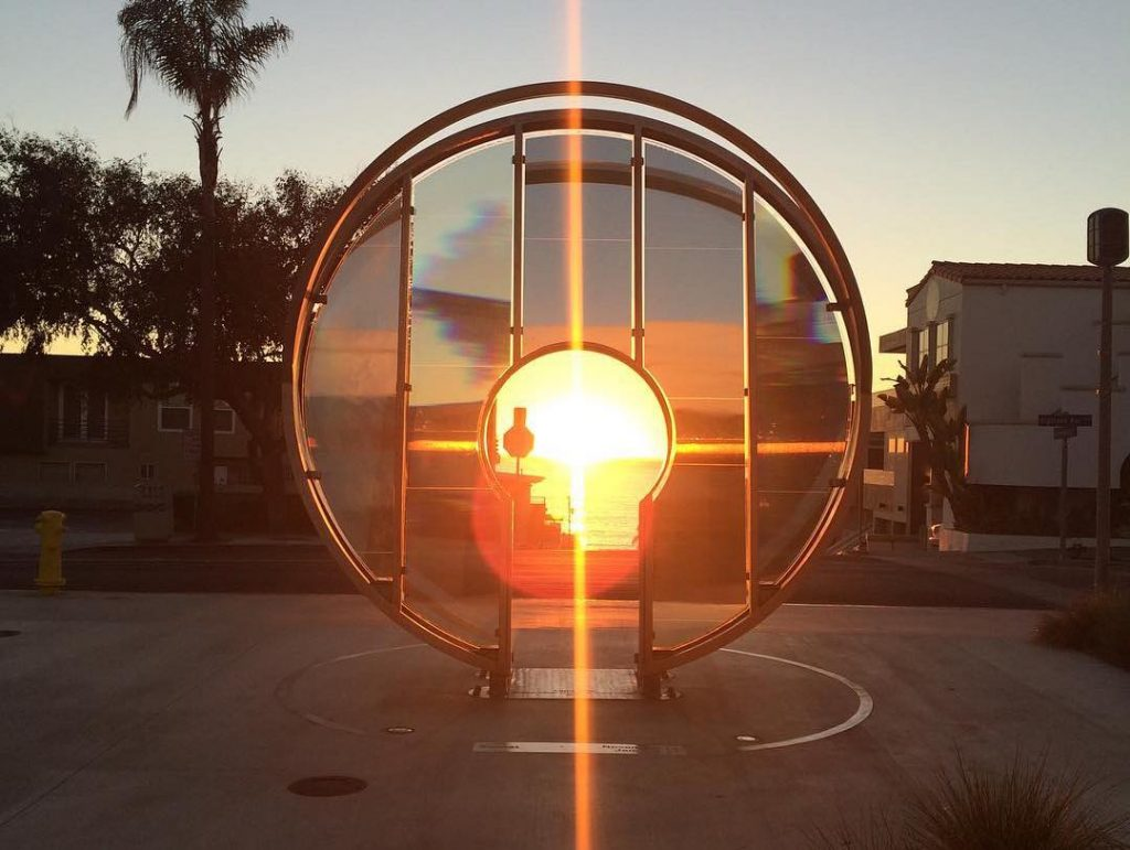 """The Sun's Rays """"Unlock"""" This Seaside Keyhole Only Twice A Year • Light Gate"""