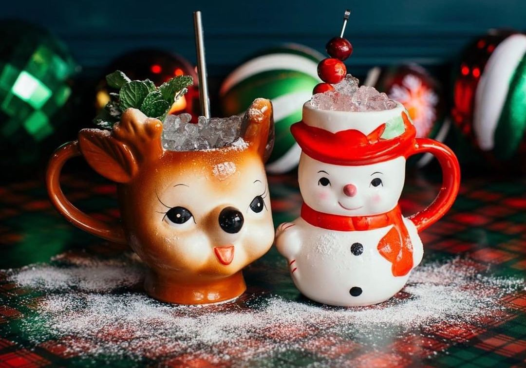 A Holiday-Themed Pop-Up Is Taking Over A Bar In DTLA And It's A True Winter Wonderland