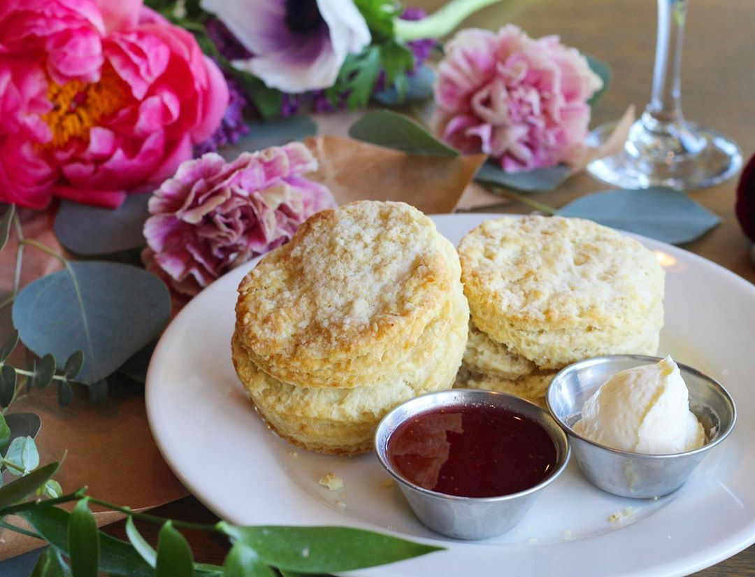 There's A Southern-Style Brunch Spot Nestled Within The Flower District • Poppy + Rose