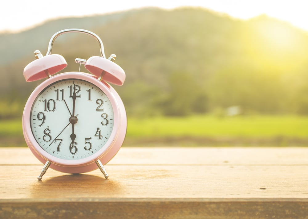 5 Tips To Help Your Body Adjust For Daylight Saving Time