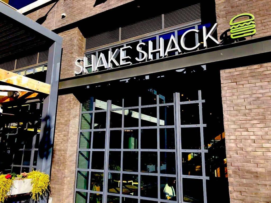 shake shack loans
