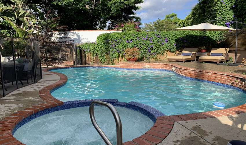 Beat The Summer Heat By Renting A Private Swimming Pool In L.A.