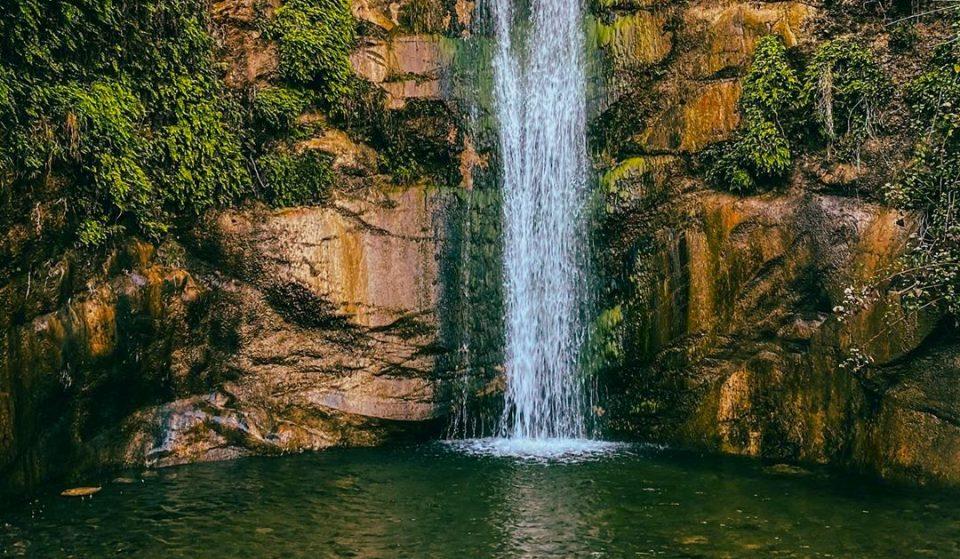 10 Amazing Waterfalls Worth Hiking To Around L.A.