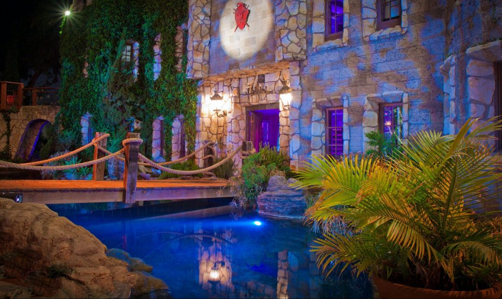 You Can Go Swimming At This Private 'Castle' In Hollywood