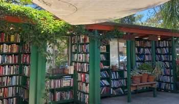 This Literary Oasis Is The World's Largest Outdoor Bookstore, And It's Only 90 Minutes Away From L.A.