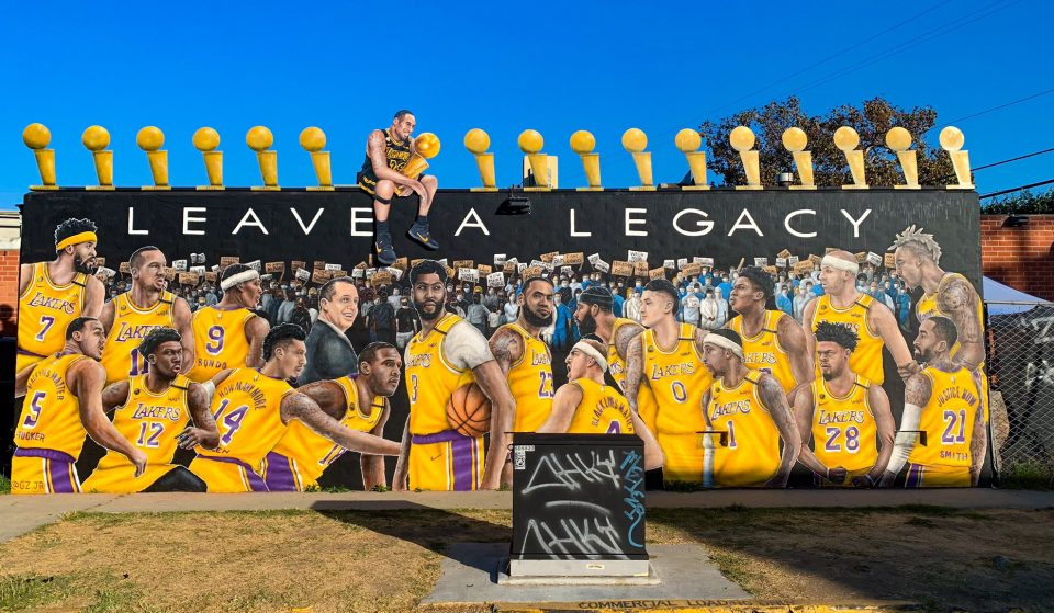 A New Lakers Mural Featuring Kobe Bryant Has Appeared In Mid-City
