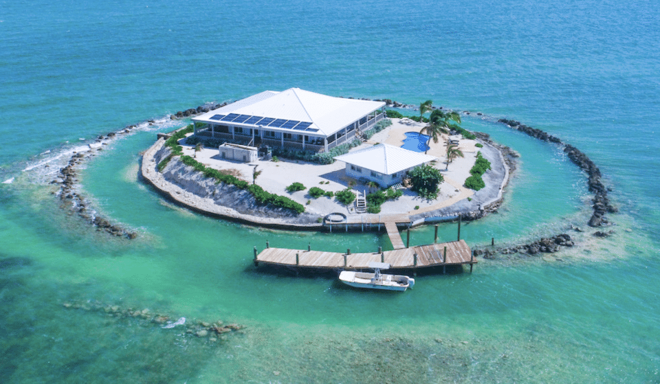You And 5 Friends Can Rent This Dreamy Island Off The Florida Coast For Around $50 A Night