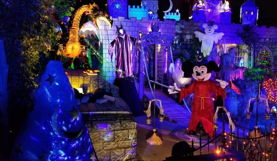 This House In Burbank Is Resurrecting Disney With An Insane Halloween Display