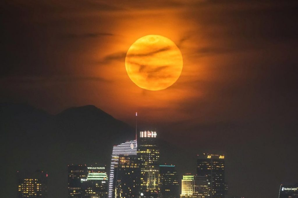 This Rare Full Moon Falls On Halloween For The First Time In 2 Decades