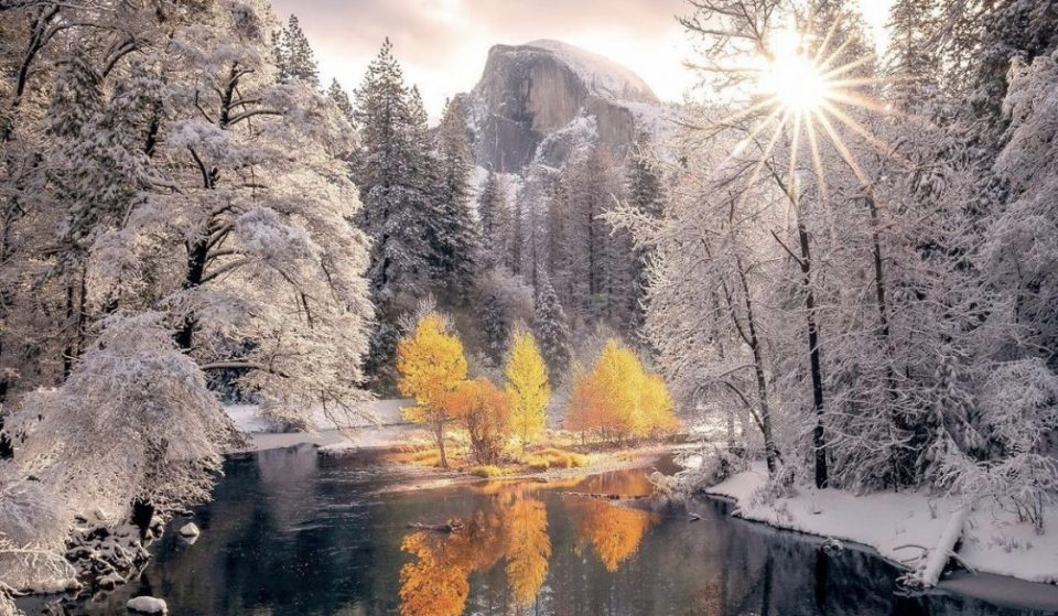 """Yosemite Just Experienced A """"Clash Of The Seasons"""" And The Photos Are Utterly Breathtaking"""