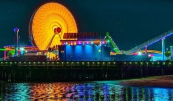 The Santa Monica Ferris Wheel Will Light Up For The Nationwide COVID-19 Memorial Tonight