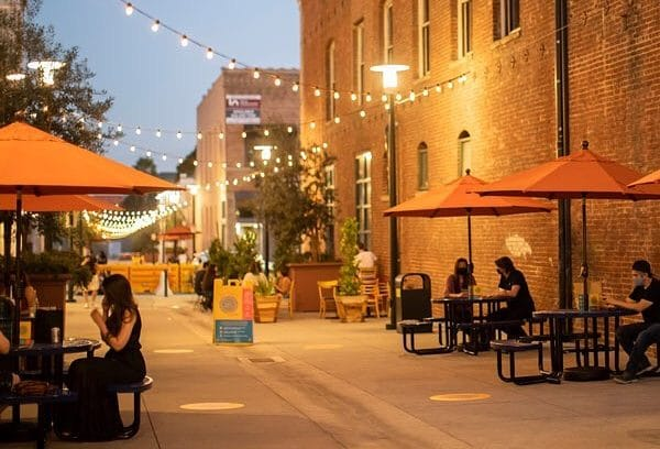 outdoor dining rules