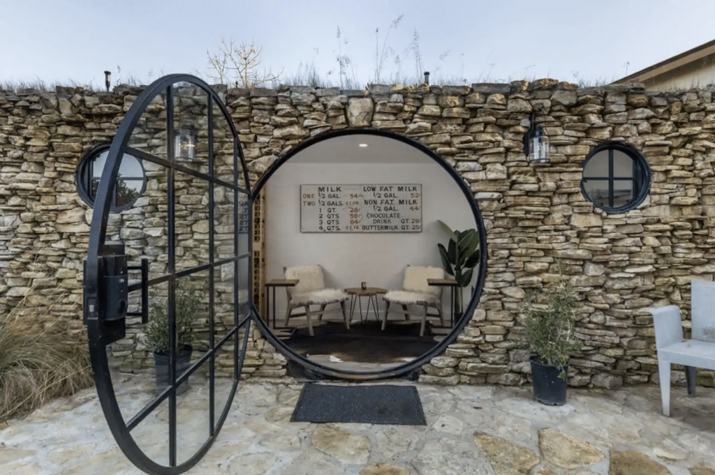 You Can Rent This Stunning 'Hobbit House' Located Just 7 Minutes From The Ocean