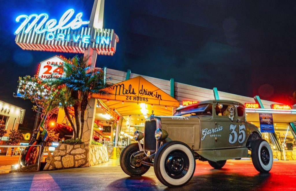 Mel's Sunset Blvd. Location Reopens With 40-Cent Burgers And Roller Skating Carhop