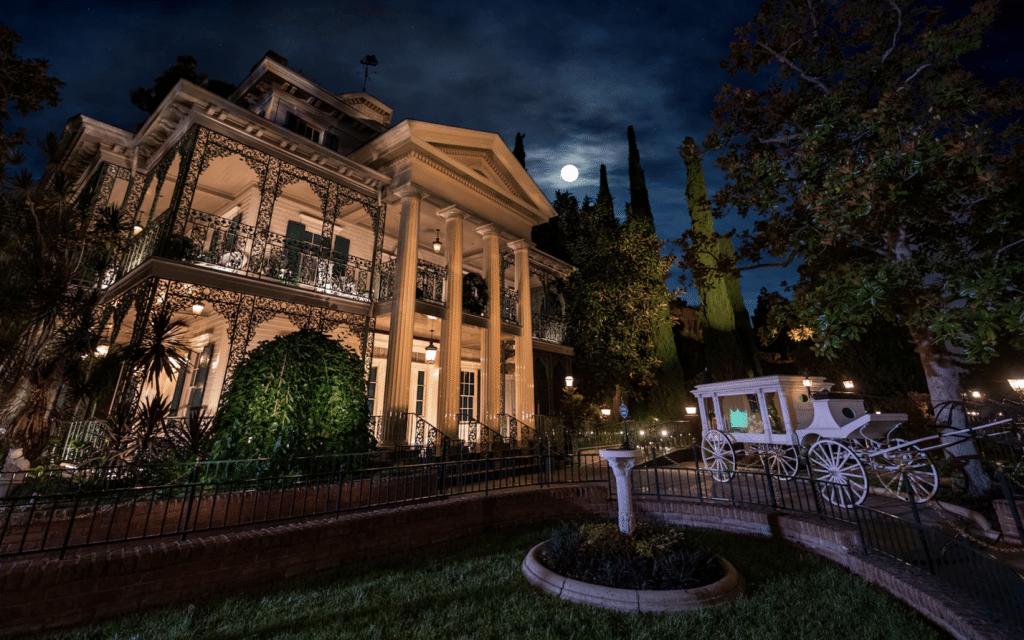 disnyeland haunted mansion
