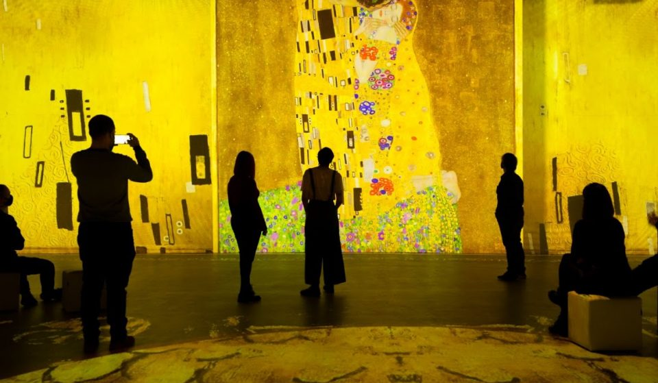 Watch Over 200 Klimt Paintings Come To Life In This Immersive Exhibition
