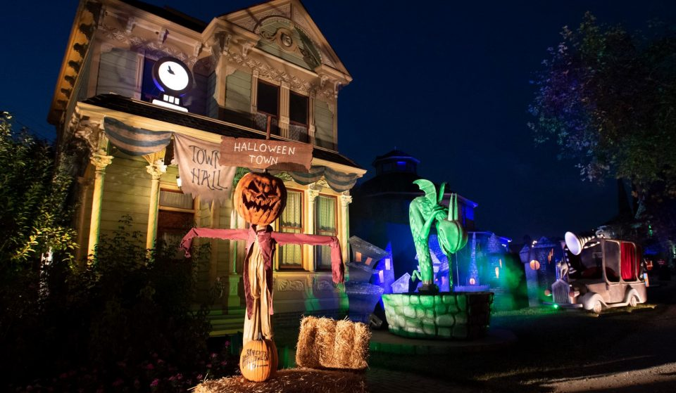Freeform's Halloween Road Is Bringing A Bewitching Outdoor Walk-Thru To Heritage Square