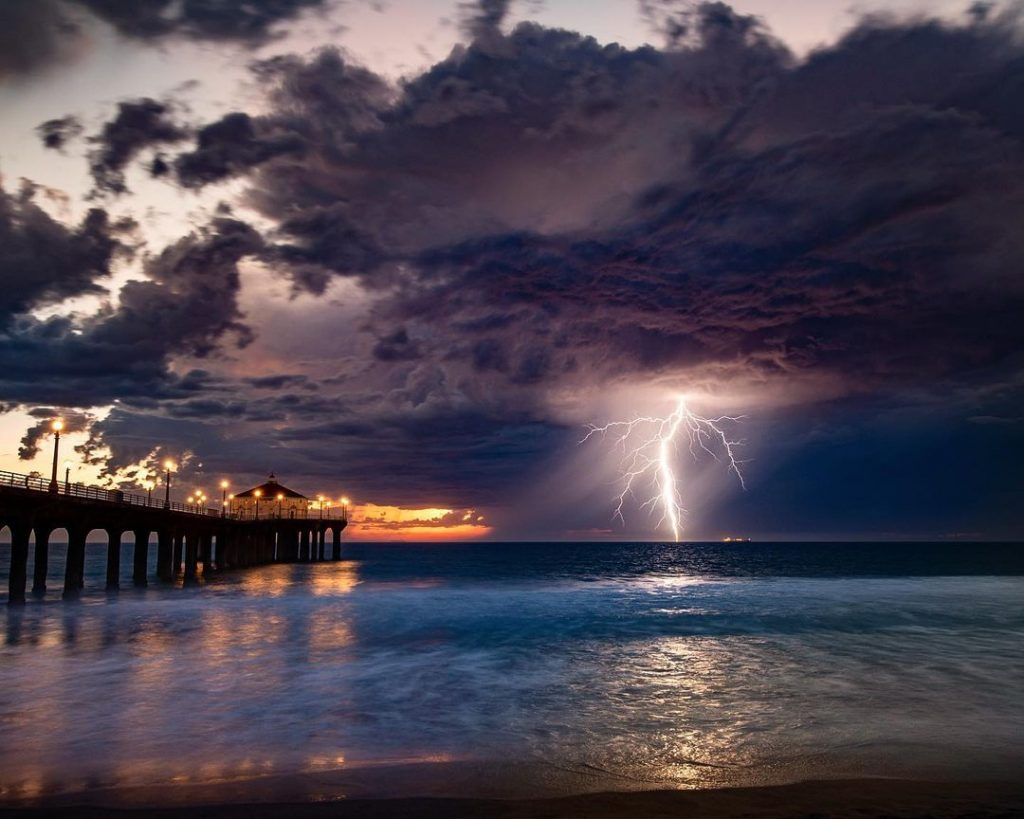 A Gallery Of The Spectacular Storm That Beamed Across The Skies Last Night