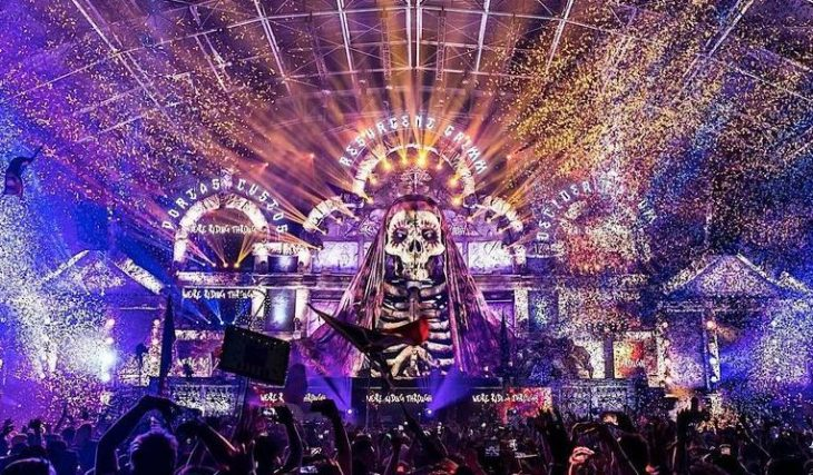 An Electrifying Halloween Festival Is Taking Over SoCal This Month, And It's Going To Be Sinfully Good