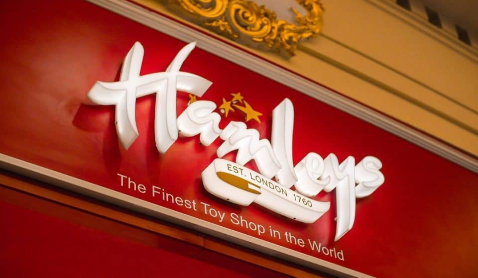 Hamleys In The Trafford Centre Is Closing Down And EVERYTHING Is Being Sold At Half Price
