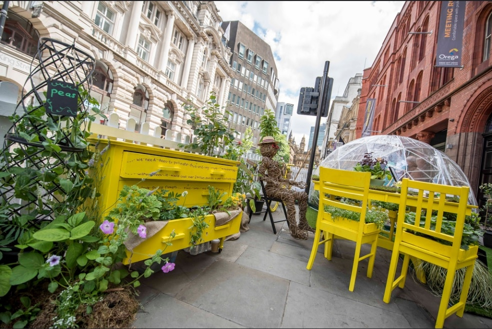 A 1960's-Themed Flower Show Will Turn Manchester's King Street Into A 'Floral Paradise' This Summer