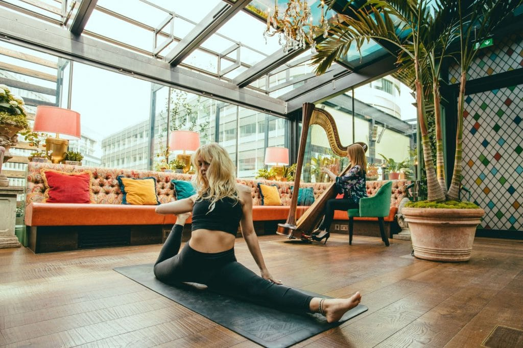 The Ivy Will Host A Harp Yoga Session In Its Gorgeous Roof Garden
