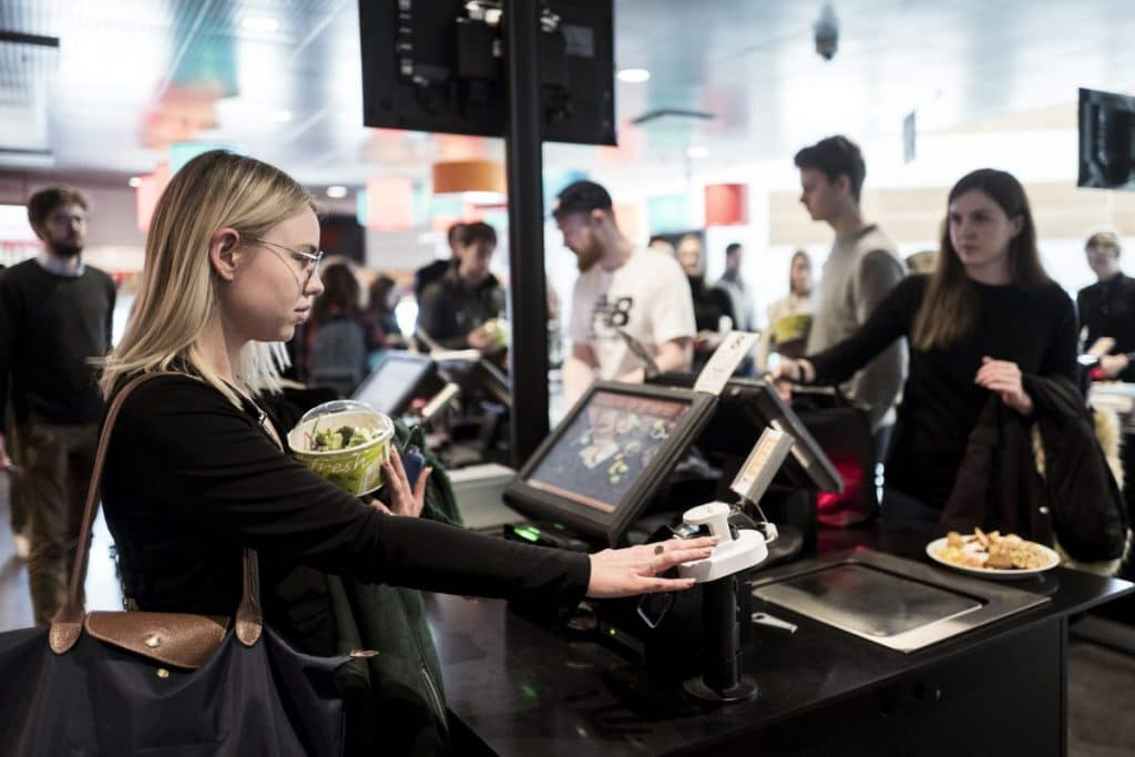 Mancunians Will Soon Be Able To Pay For Food And Drinks With Their Fingertips