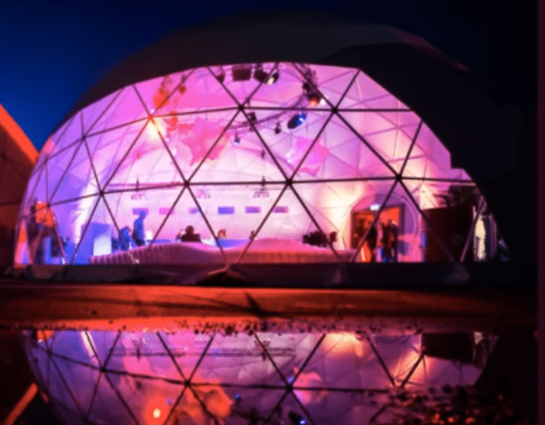 A Snow Globe Bar Is Coming To Manchester Christmas Markets