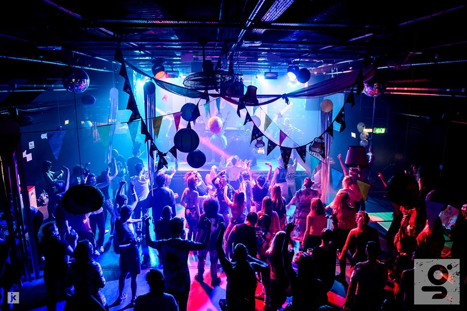 This Manchester Club Is Hosting The Christmas-Themed Sing-Along Club Night Of Our Dreams