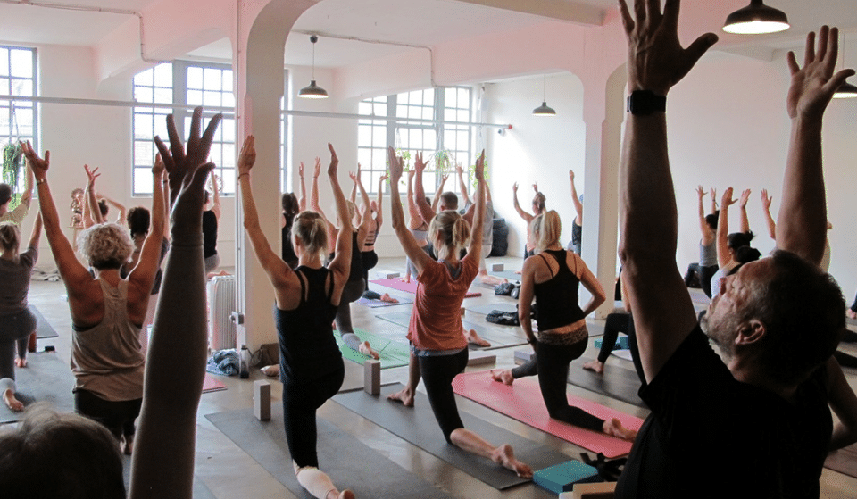 A 'Yoga Rave' Exists In Manchester And It Sounds Like So Much Fun
