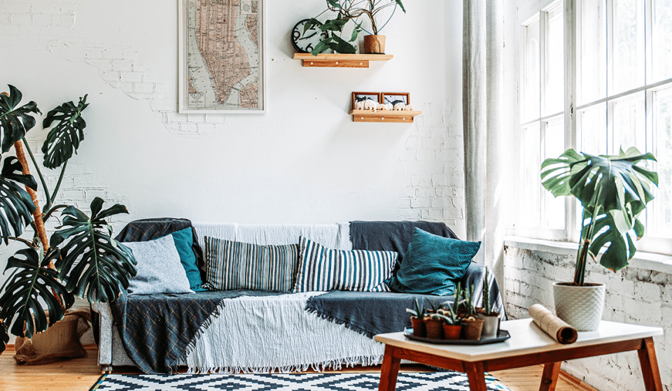 10 Ways To Jazz Up Your Off-White-Walled Rented Property