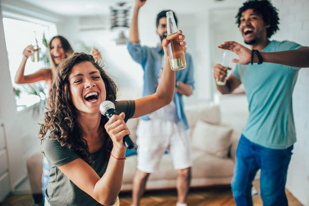 Show Off Your Karaoke Skills With This Virtual Musical Singalong, Featuring All The Movie Hits