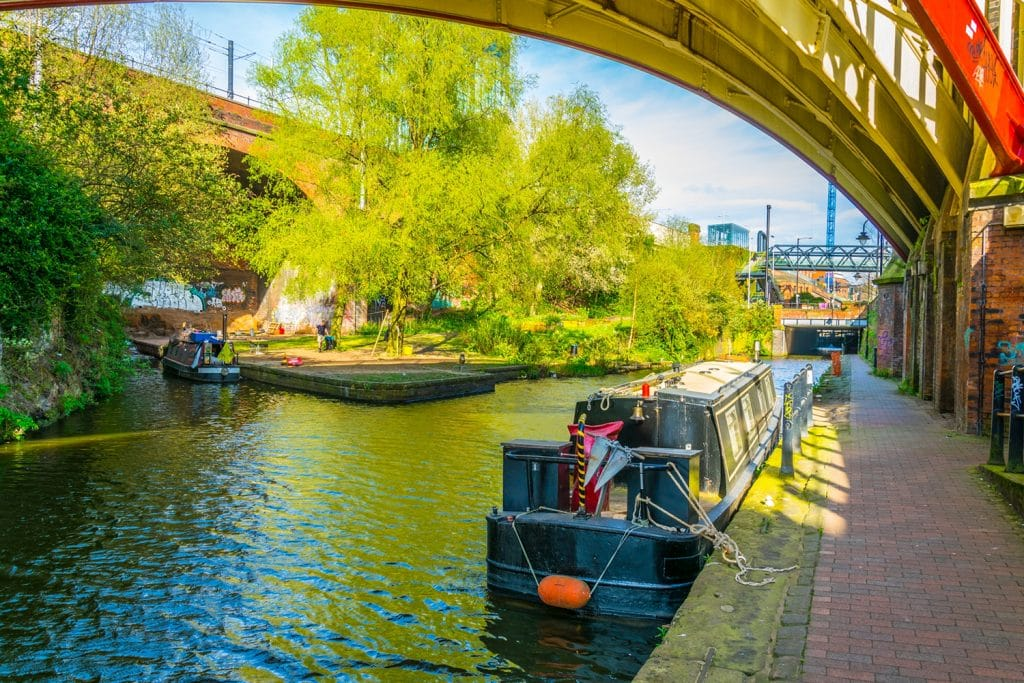 4 Of The Most Wholesome Canal Side Walks In And Around Manchester
