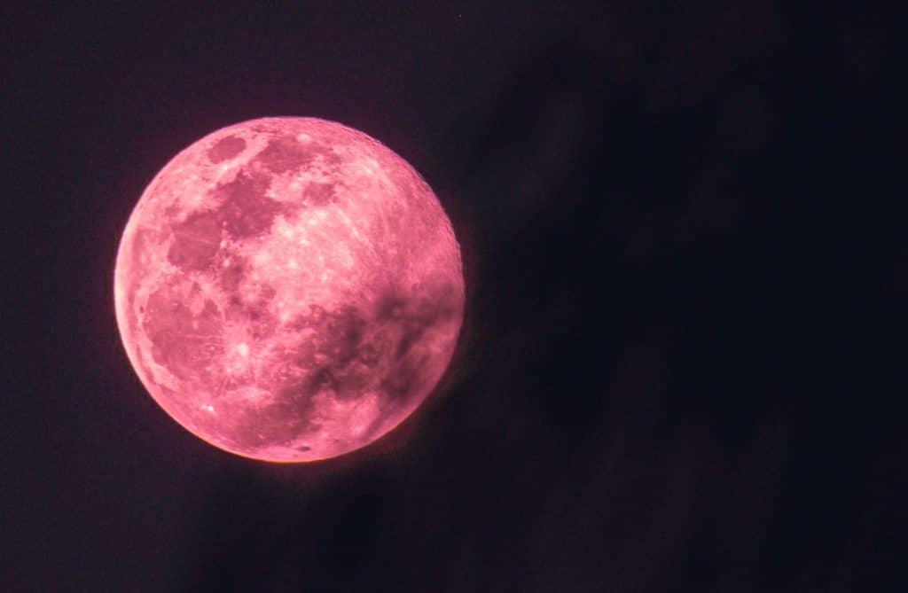 A Strawberry Moon Will Light Up Manchester's Skies This Friday