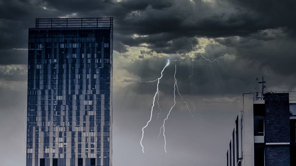 5 Striking Shots From Last Night's 'Silent Storm' Across Manchester