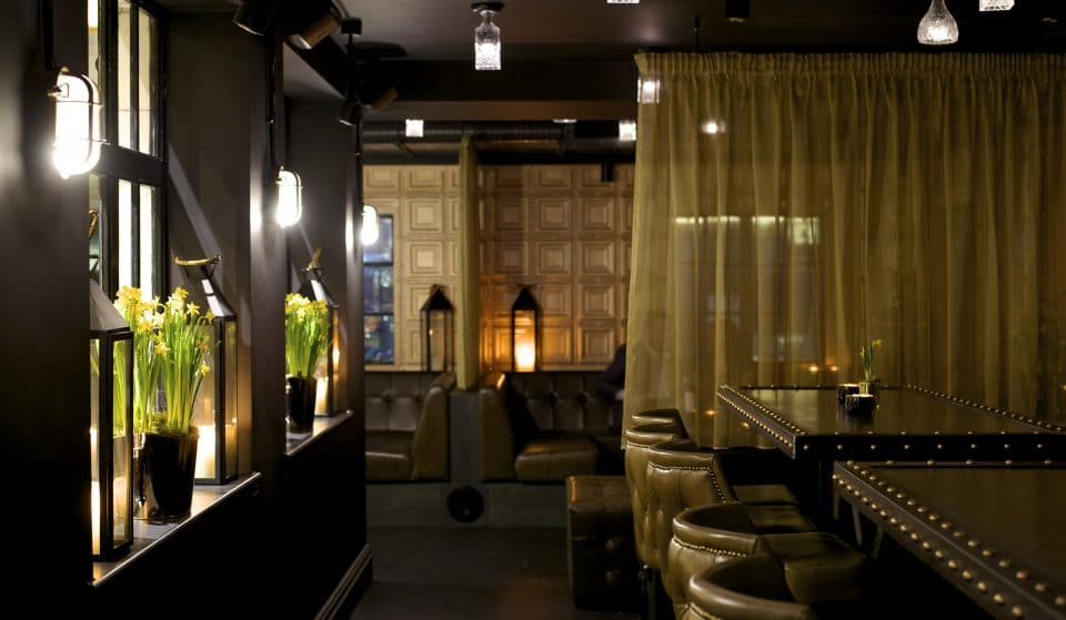 This Manchester Venue Has A Secret Glam Speakeasy, Which You Can Only Access With A Voucher
