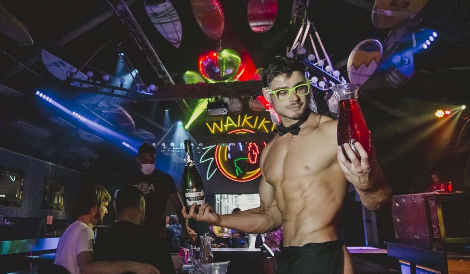 A 'Buff' Bingo With Bottomless Bubbles And Butlers Is Coming To Manchester Next Month