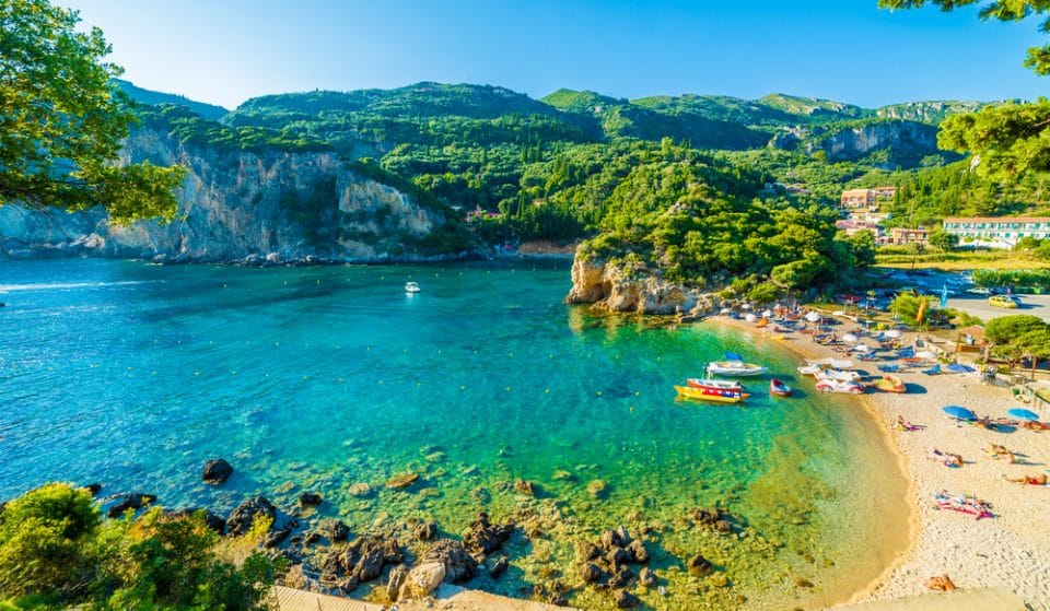 Here's How You Can Work Remotely From A Luxury Villa In Greece For Free