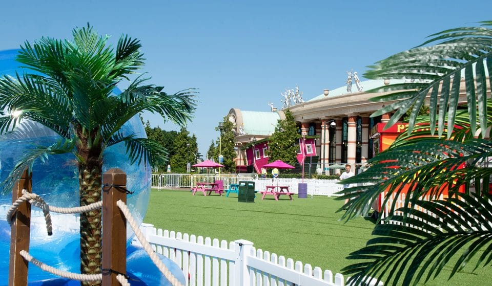 A Retro Beach And Fairground Has Popped Up At The Trafford Centre For The Summer