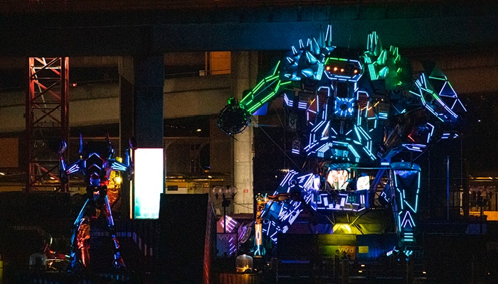 Chapel Street Is Being Invaded By Giant Intergalactic Space Robots This January