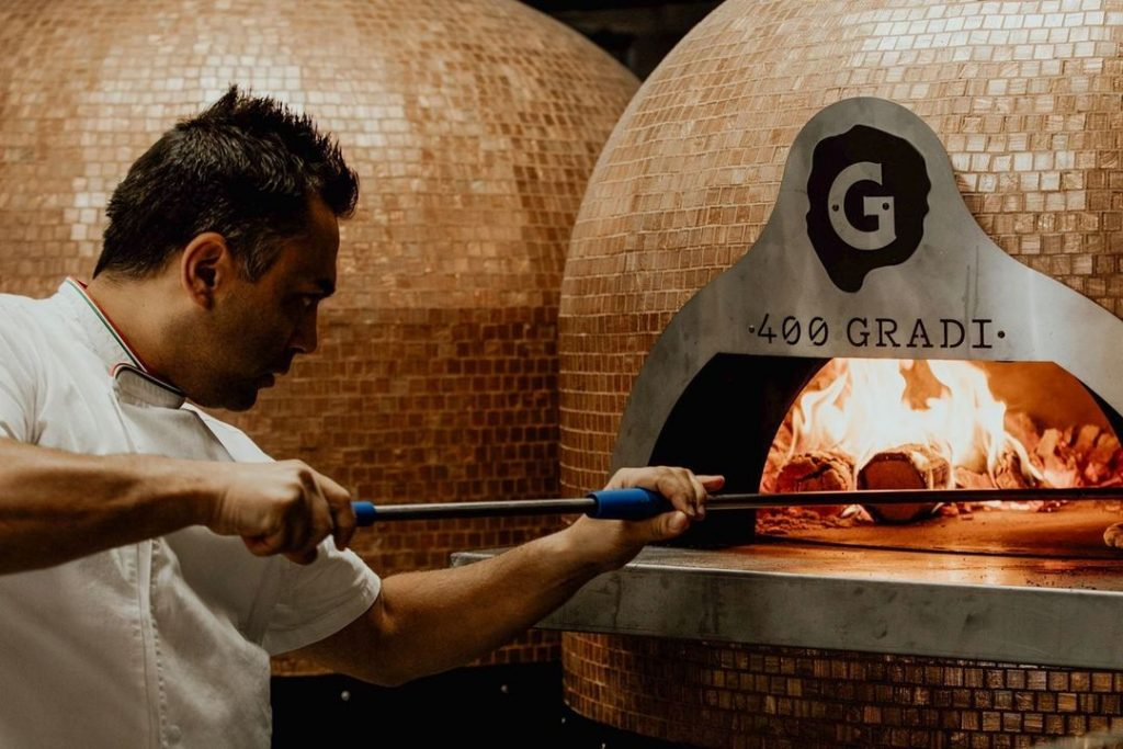 This World-Class Pizzeria Is Bringing Back Bottomless Pizza For One Day Only · 400 Gradi