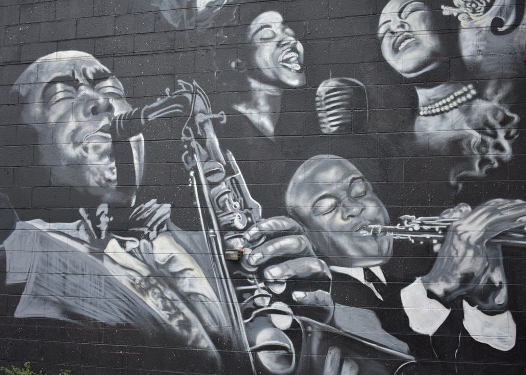 These Candlelit Tribute Concerts To Louis Armstrong And Frank Sinatra Are Coming To Melbourne