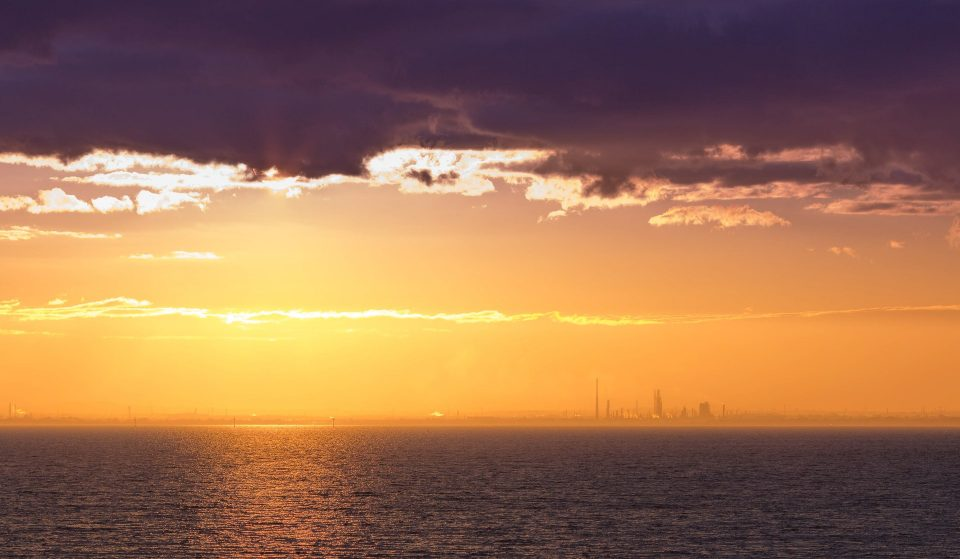 Save This Stunning Sunset Helicopter Flight Over Melbourne For Your Next Special Occasion