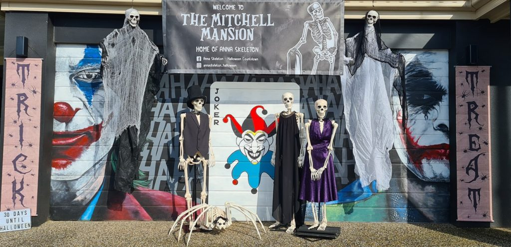This Humerus Family Of Skeletons In Williams Landing Is Counting Down The Days Till Halloween