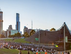 4000 Gig-Goers Will Jam Out To Live Music At Sidney Myer Music Bowl For The Play On Victoria Concert