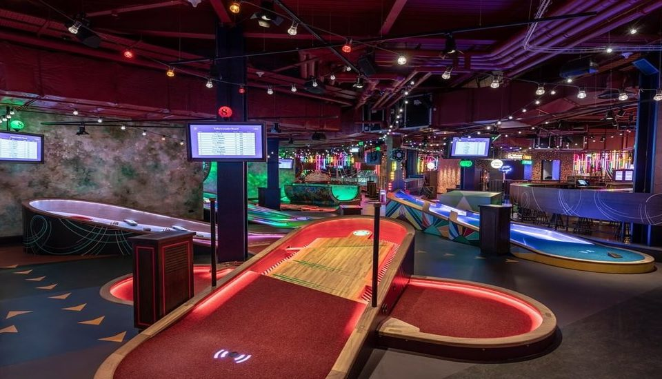 This Tee-rrific New Mini-Golf Is Coming To Brickell • Puttshack