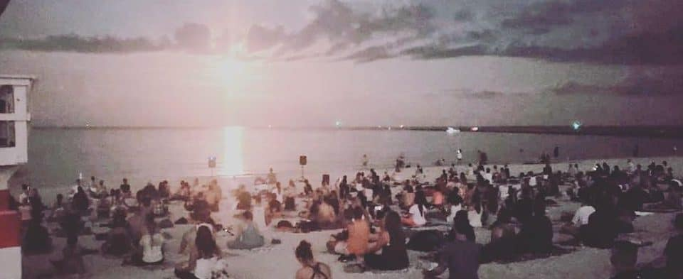 The Full Moon Beach Meditation Once A Month In Miami For Free