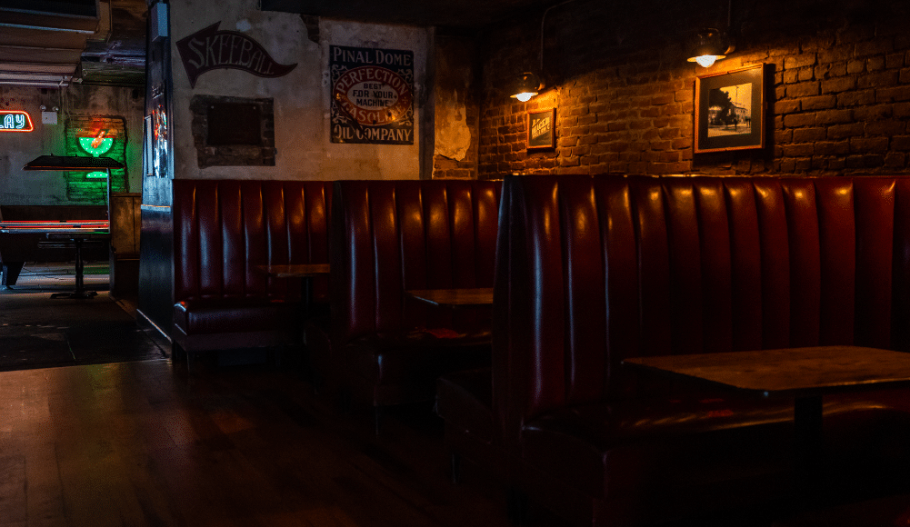 These Virtual Dive Bar Trivia Nights Will Put Your Pop Culture Knowledge To The Test